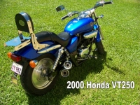 2000-Honda-Vt250